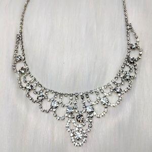 Vintage Jewelry - Rhinestone Bib Necklace